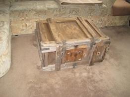 Holzkiste Weinkiste Truhe Shabby Chic Vintage Tisch Beistelltisch Möbel Couchtisch -